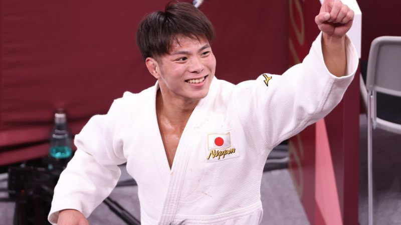 Tokyo 2020 |  Japanese brother and sister Abe both achieve gold in judo