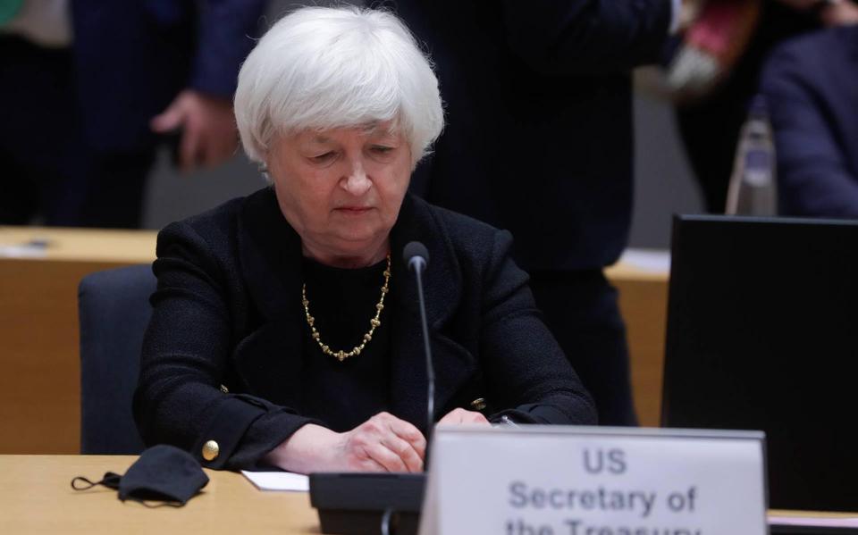 Yellen urges EU to continue stimulating economy