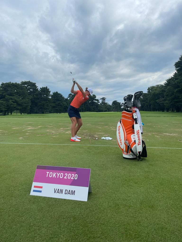 Anne Van Dam in training in Tokyo