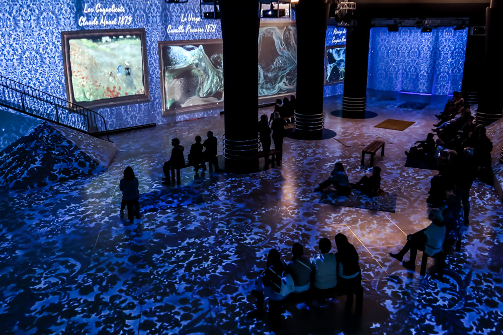 """""""Monet: The Immersive Experience"""" in Brussels.  Image courtesy of The Fever Exhibition Center."""