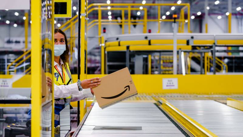 Amazon plans to destroy less returned items