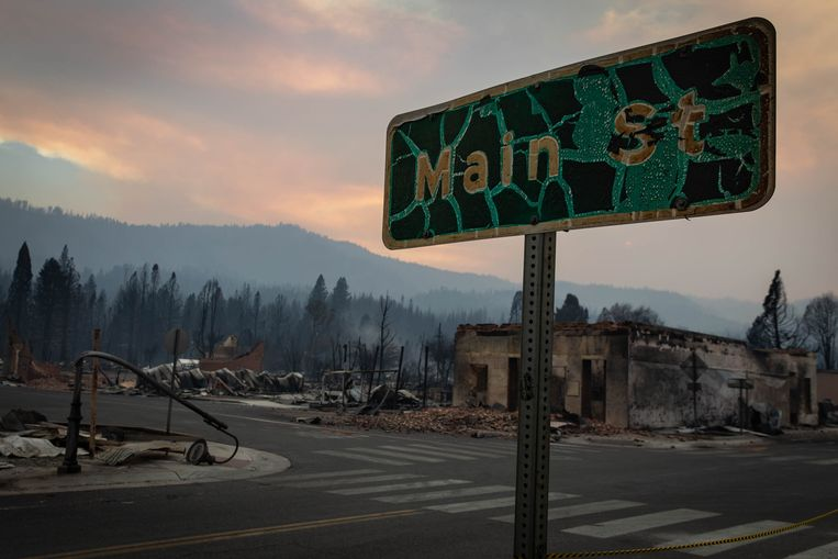 Historic California fire burned nearly 200,000 acres to ashes