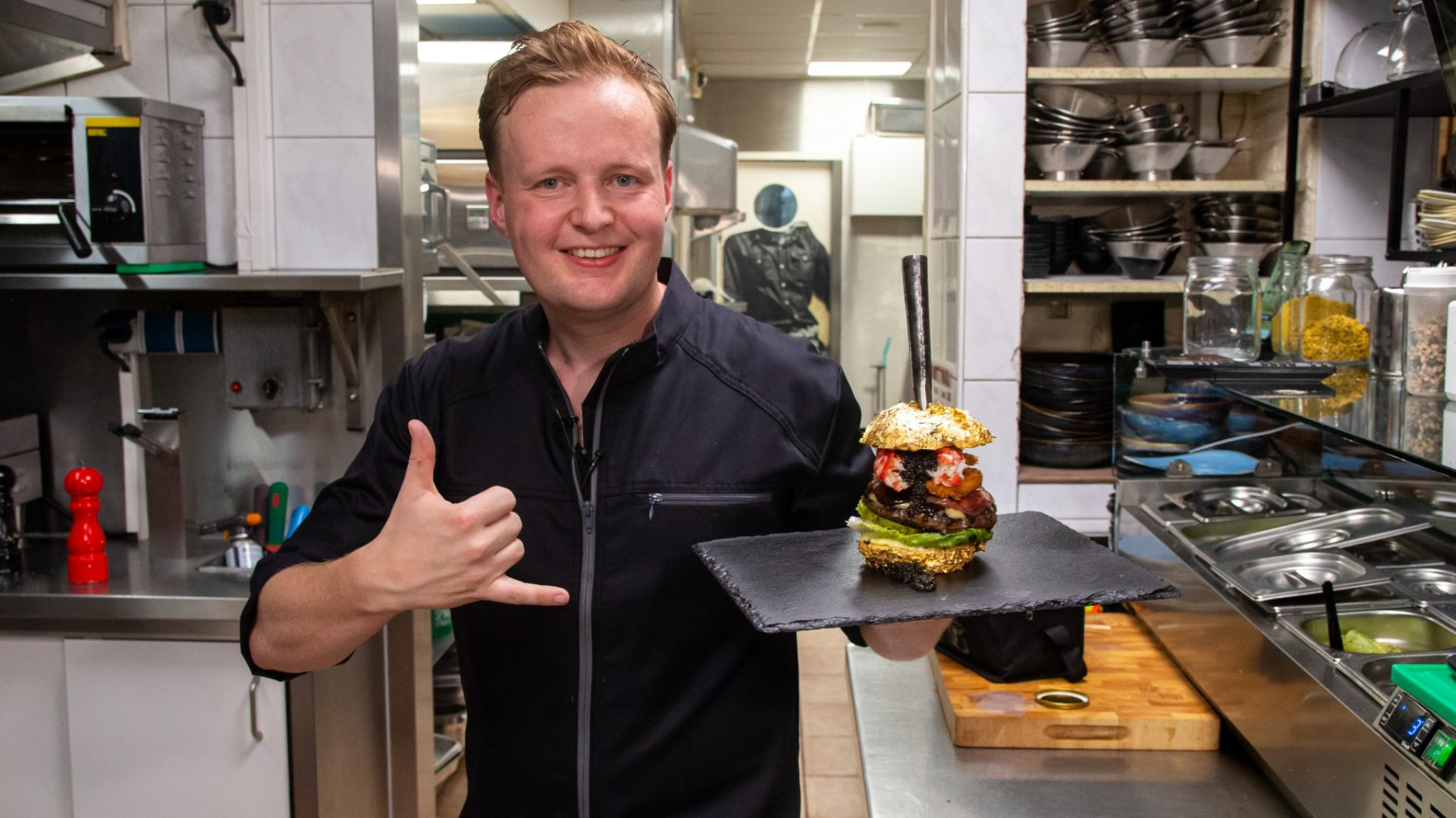 Robbert Jan's burger is now officially the most expensive in the world: 'Very cool'