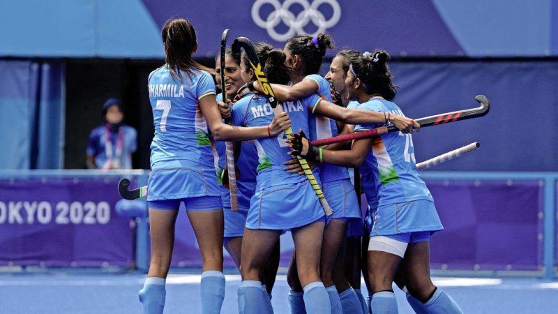 Sjert Marijne stunt with women against India against Australia |  Sports
