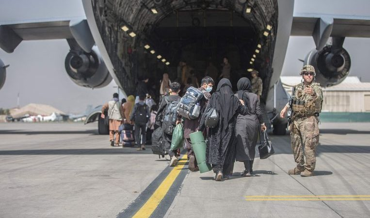 Taliban orders Afghans not to leave the country, reprisals will not be imminent