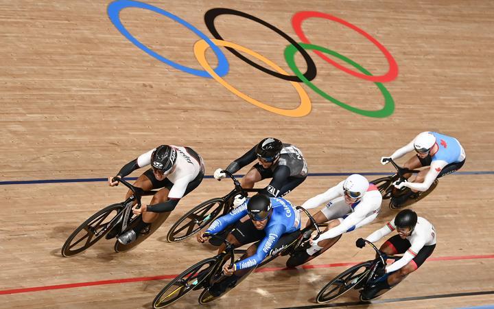 Tokyo 2020 Olympic Games - 07/08/2021 - Velodrome - Isu Velodrome, Isu, Japan - Japan's Utah Wakimoto, Colombia's Kevin Santiago Quintero Savaro and New Zealand's Colm Sanders Men's Round 5 first round