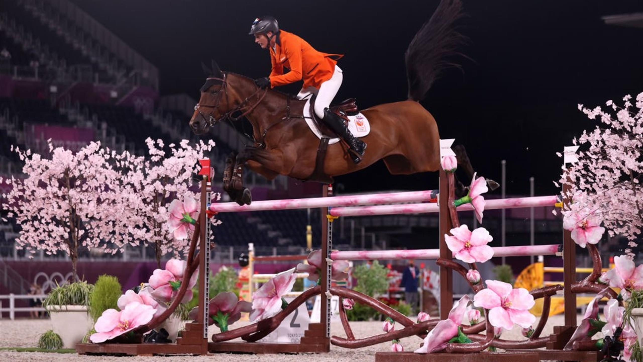 Tokyo 2020    Dutch show jumpers only miss medals