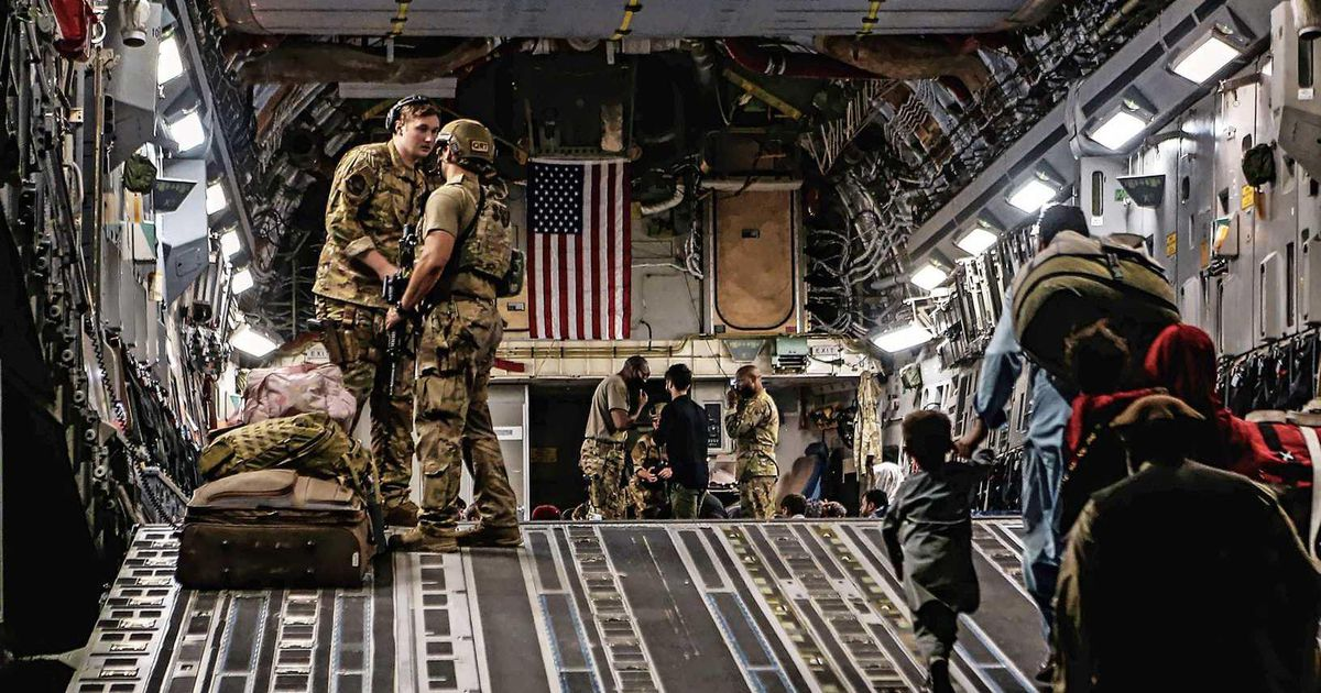 """""""US Veterans Rescue 500 Afghanis From Kabul During Secret Operation"""" 
