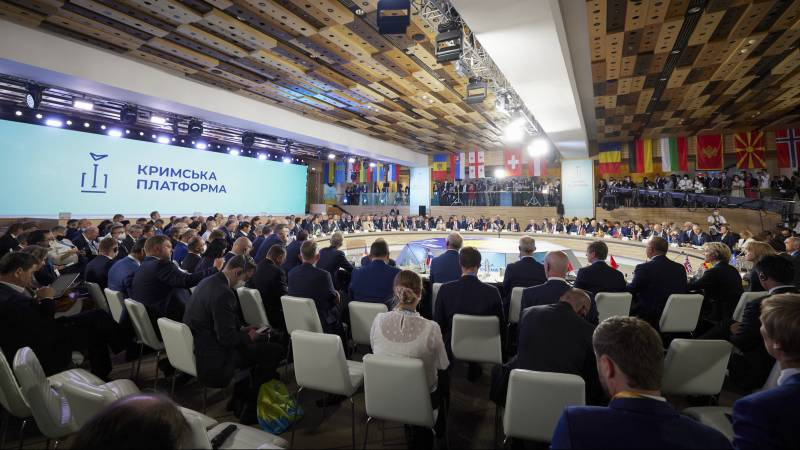 Ukrainian President Zelensky at Crimea Summit: Countdown to End Occupation