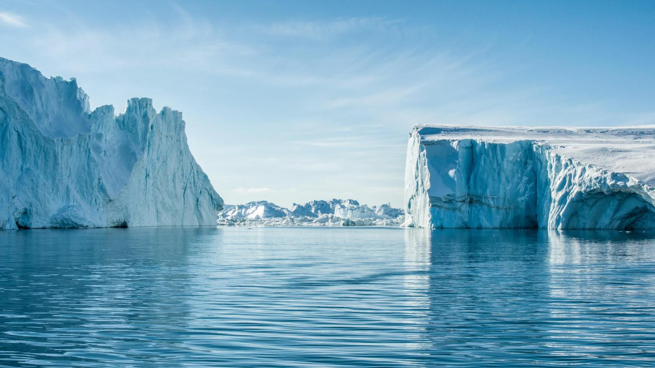 VUB physicists to track cosmic particles from space in Greenland