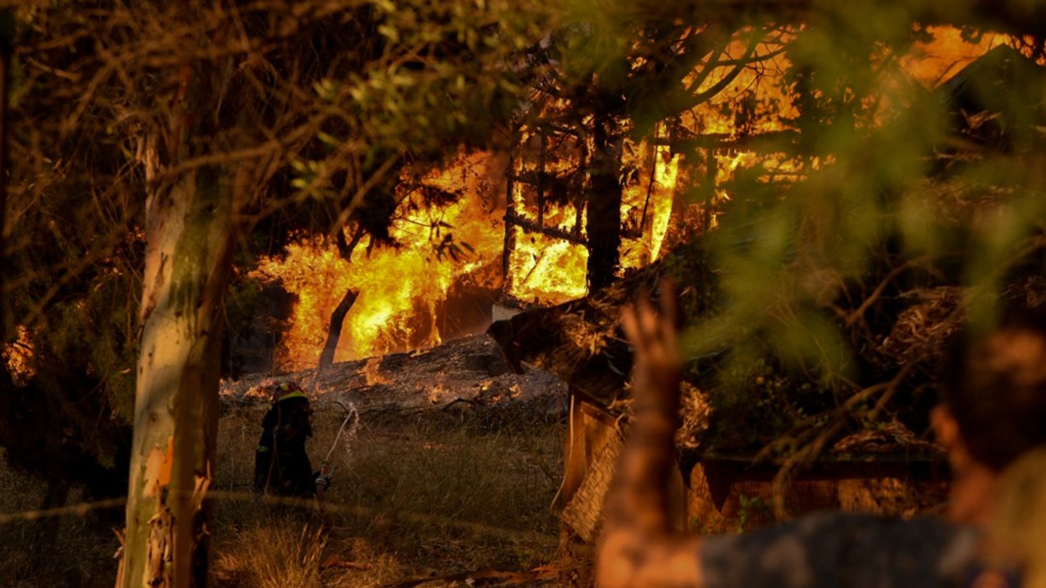 Villages evacuated in Greece due to wildfires