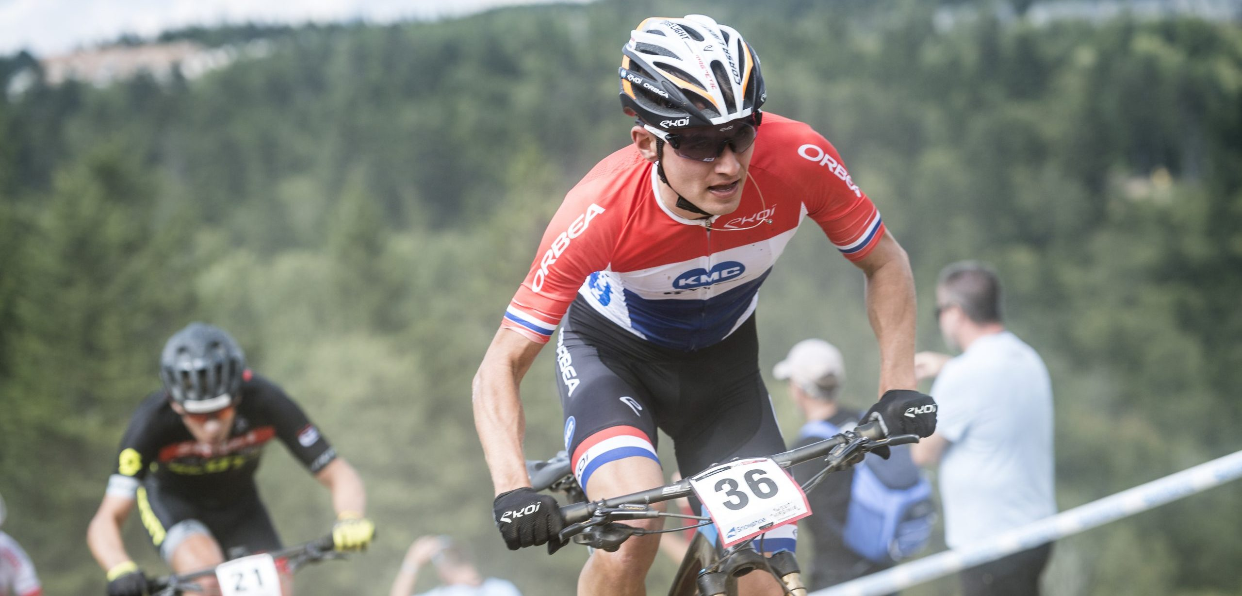 Follow the MTB Short Track races at Snowshoe 2021 here