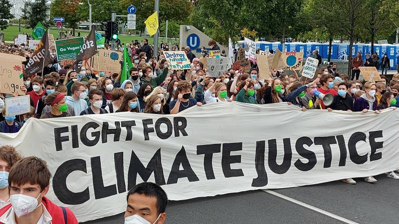 Huge in the streets for the climate ahead of the Bundestag elections
