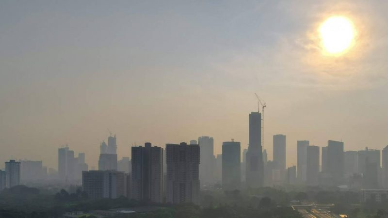 Jakarta residents win 'historic' air pollution lawsuit against Indonesian government    Abroad