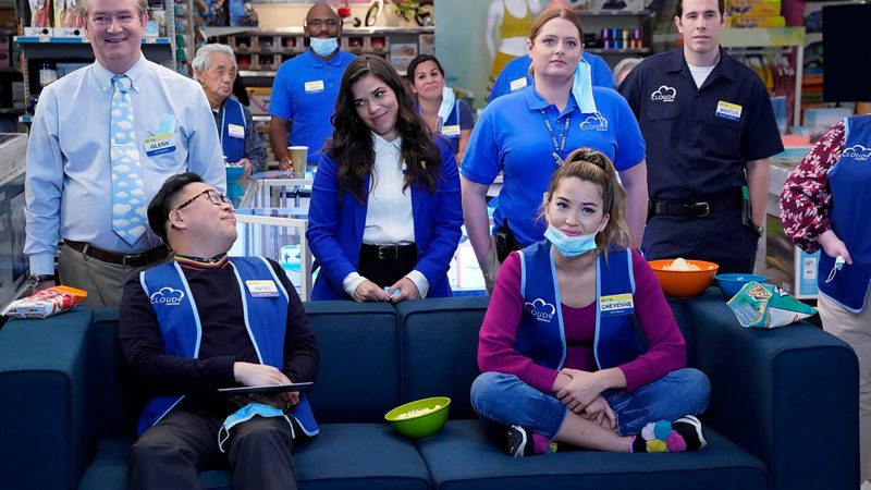 New on Netflix: 5 seasons of the hit series Superstore