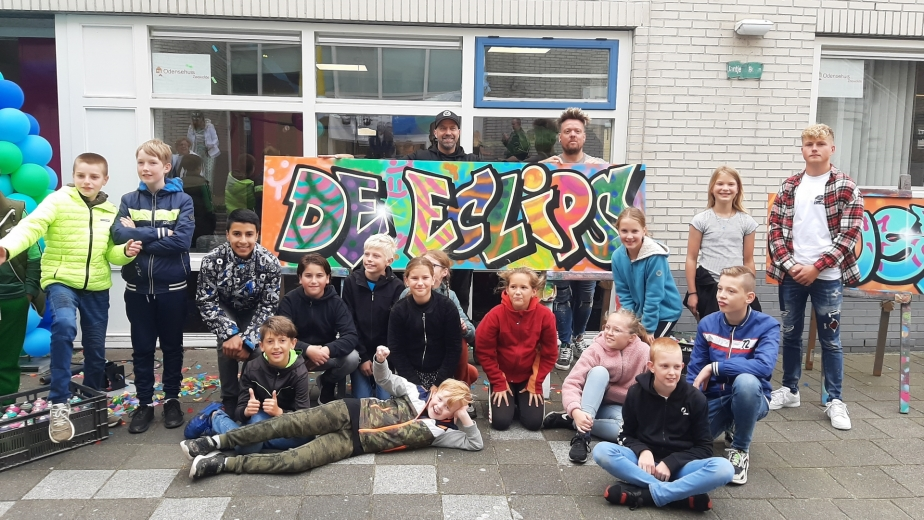 Omroep Flevoland – News – Official Opening of De Eclips Youth Center