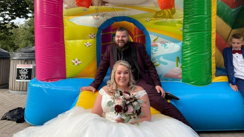 Urker Reality Stars Gerda and Klass Are Really Married Now: 'Wonderful, Wonderful Day'    to watch