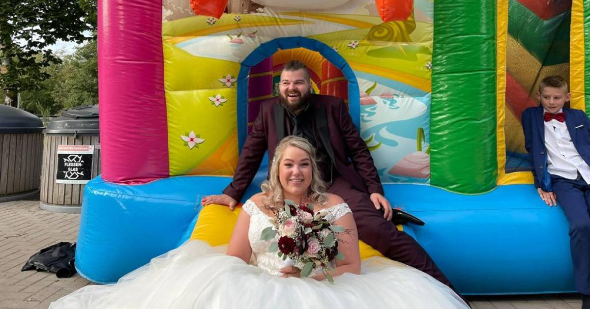 Urker Reality Stars Gerda and Klass Are Really Married Now: 'Wonderful, Wonderful Day' |  to watch