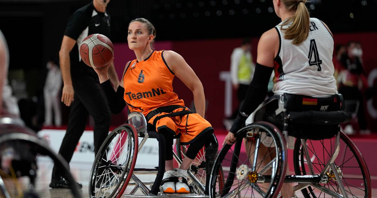 Visser and Wimmenhoeve take Orange to wheelchair basketball |  Games for people with special needs