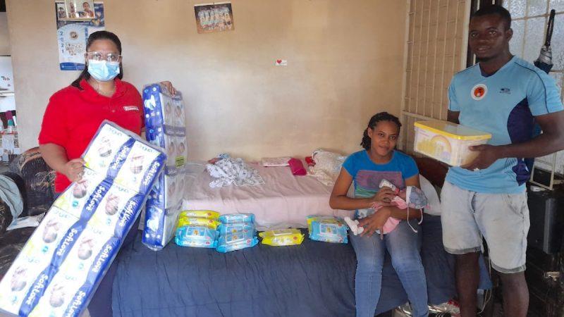 Ouders drieling krijgen 3 maanden babyverzorgingsproducten van Subisco