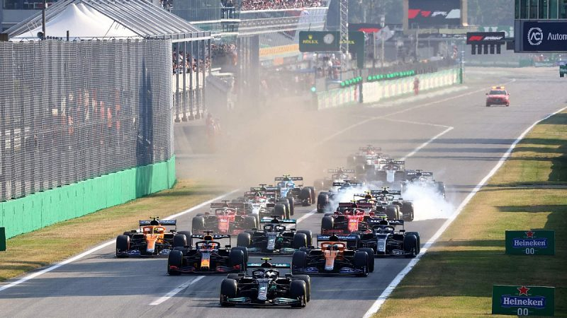 F1 does not plan to include sprint race in a fixed GP format