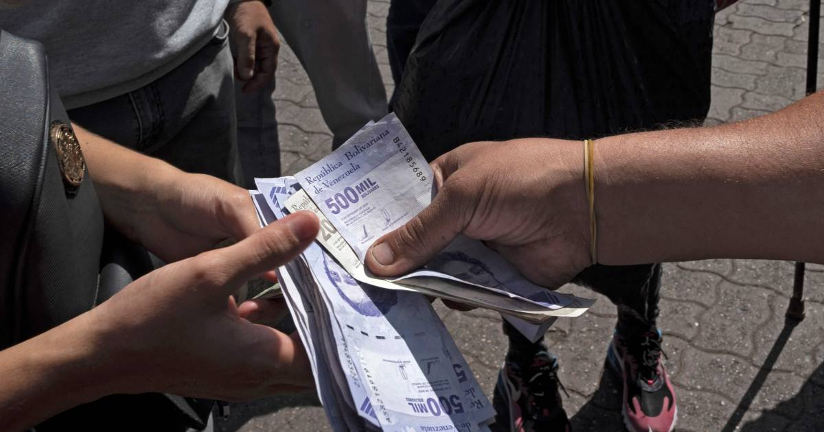 Venezuela removes six zeros from the currency due to high inflation |  Abroad